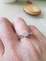 Кольцо с бриллиантиками.