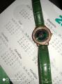 Наручные часы с коженным ремешком