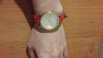 Часы с сердечками