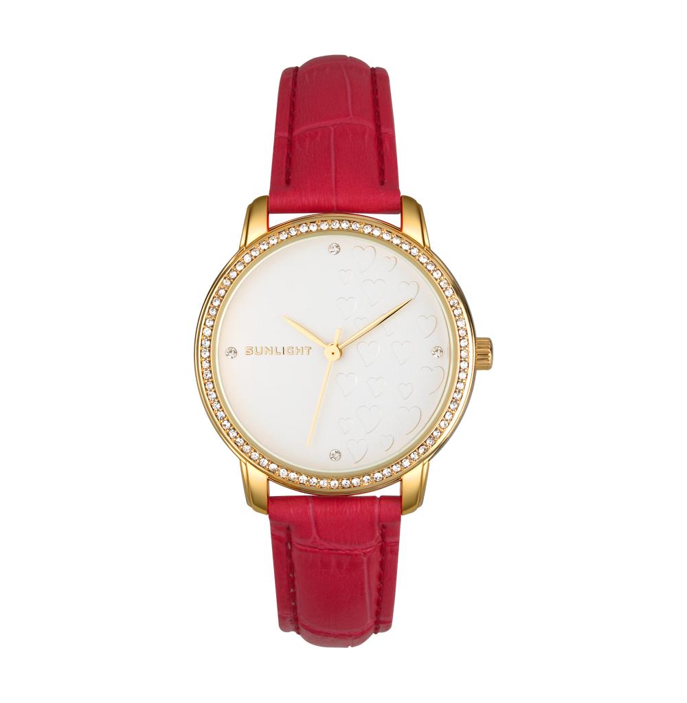 Женские часы с кристаллами на кожаном браслете в Санкт-Петербурге