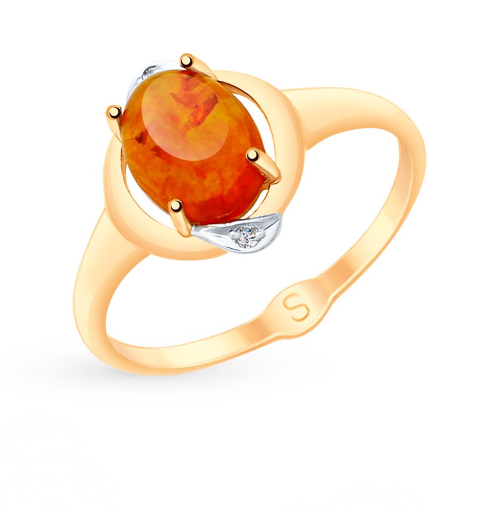 золотое кольцо с фианитами и янтарем SOKOLOV 715130
