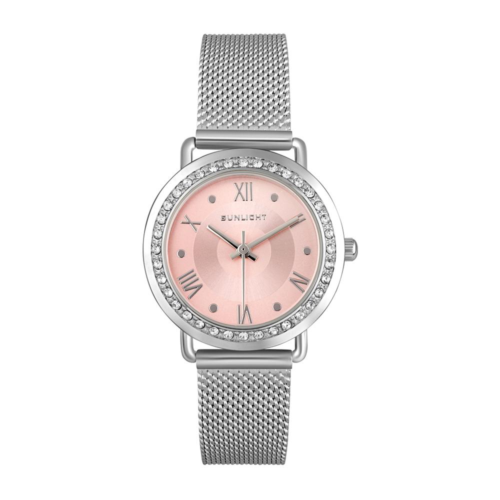 Женские часы с кристаллами на миланском браслете в Екатеринбурге