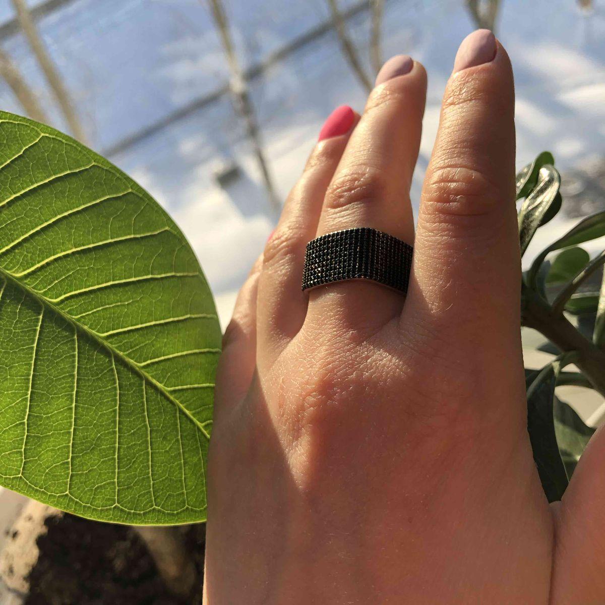 Очень стильное и необычное кольцо.