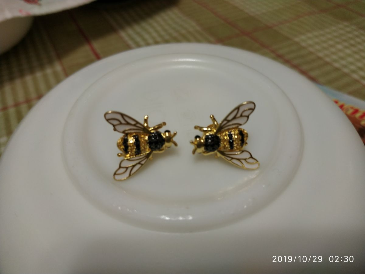 Серьги пусеты пчёлы