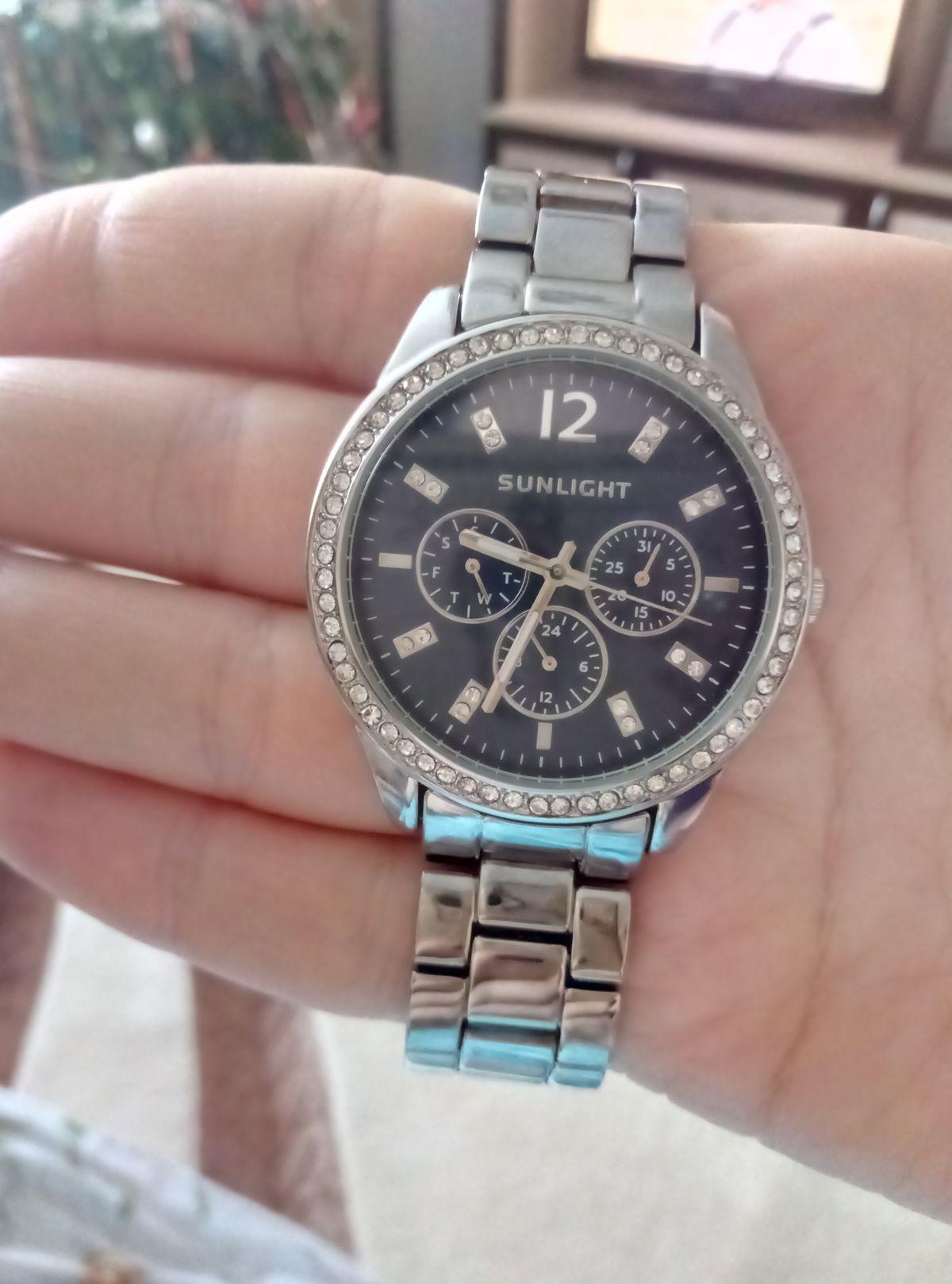 Классные часы за ооооочень приятную цену!!))
