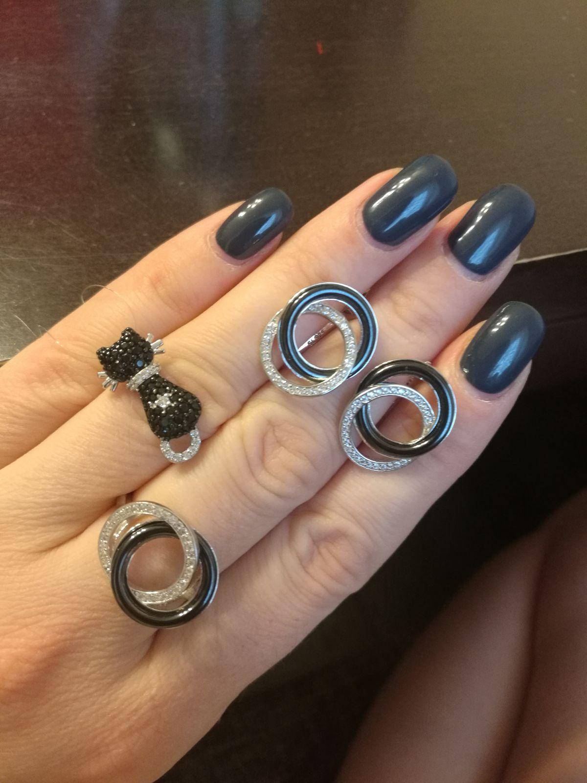 Кольцо, притягивающее взгляды!