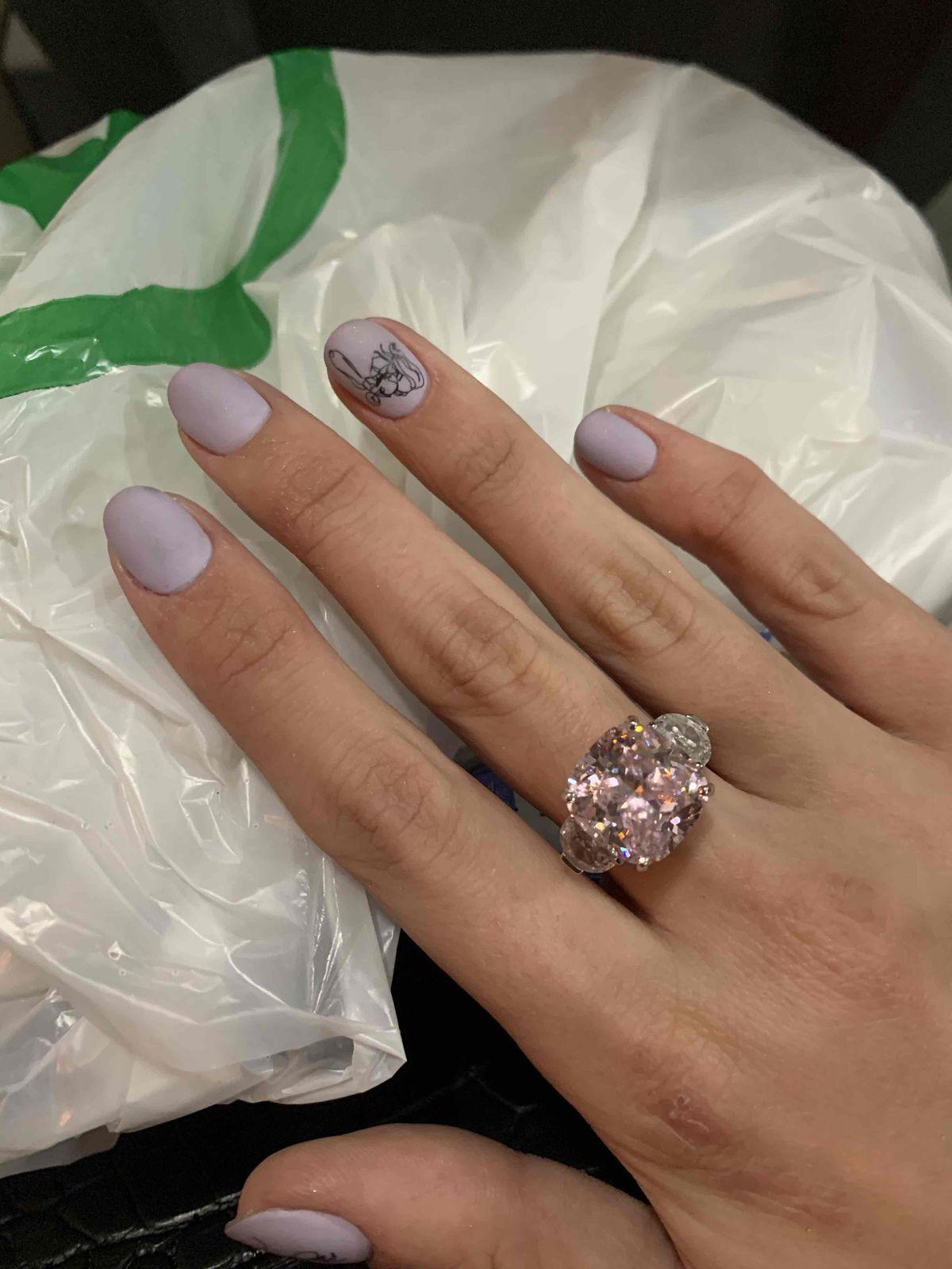 Прекрасное кольцо , дополняющее любой образ