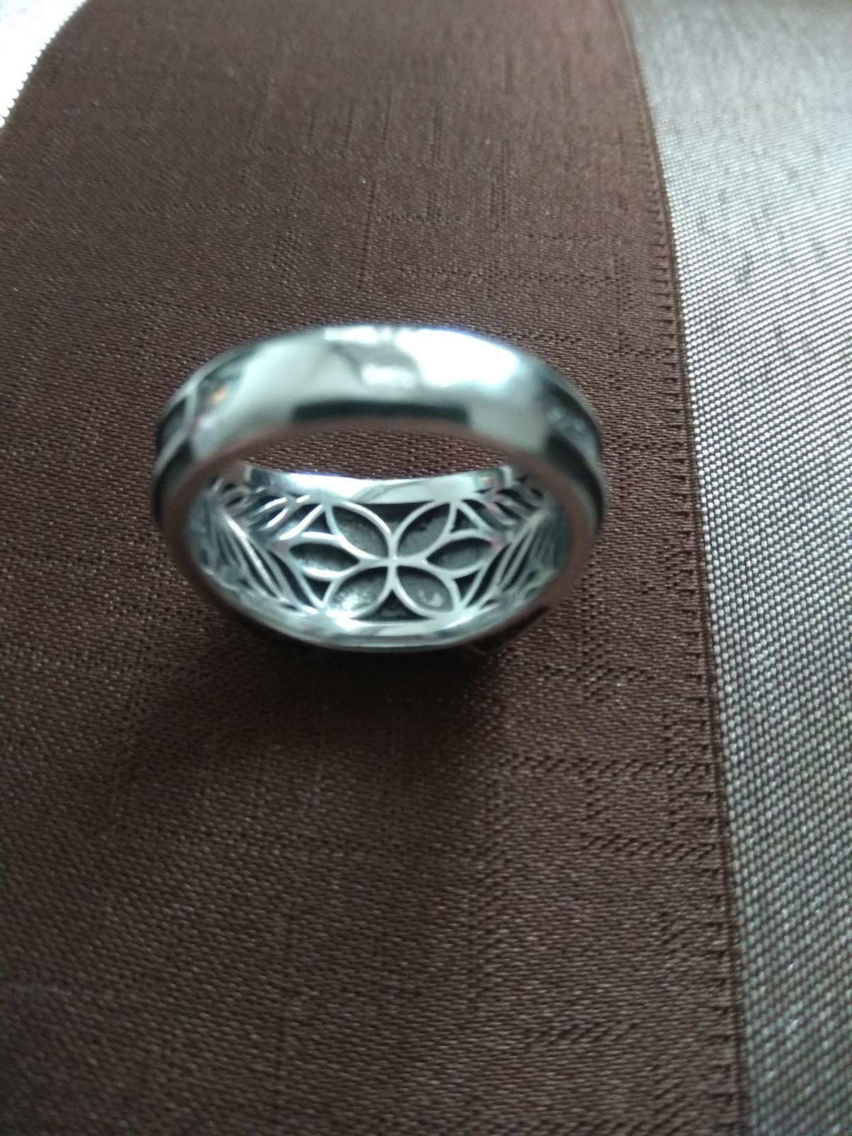 Отличный брутальный перстень!