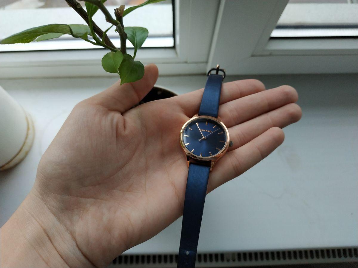 Удобные и простенький часы