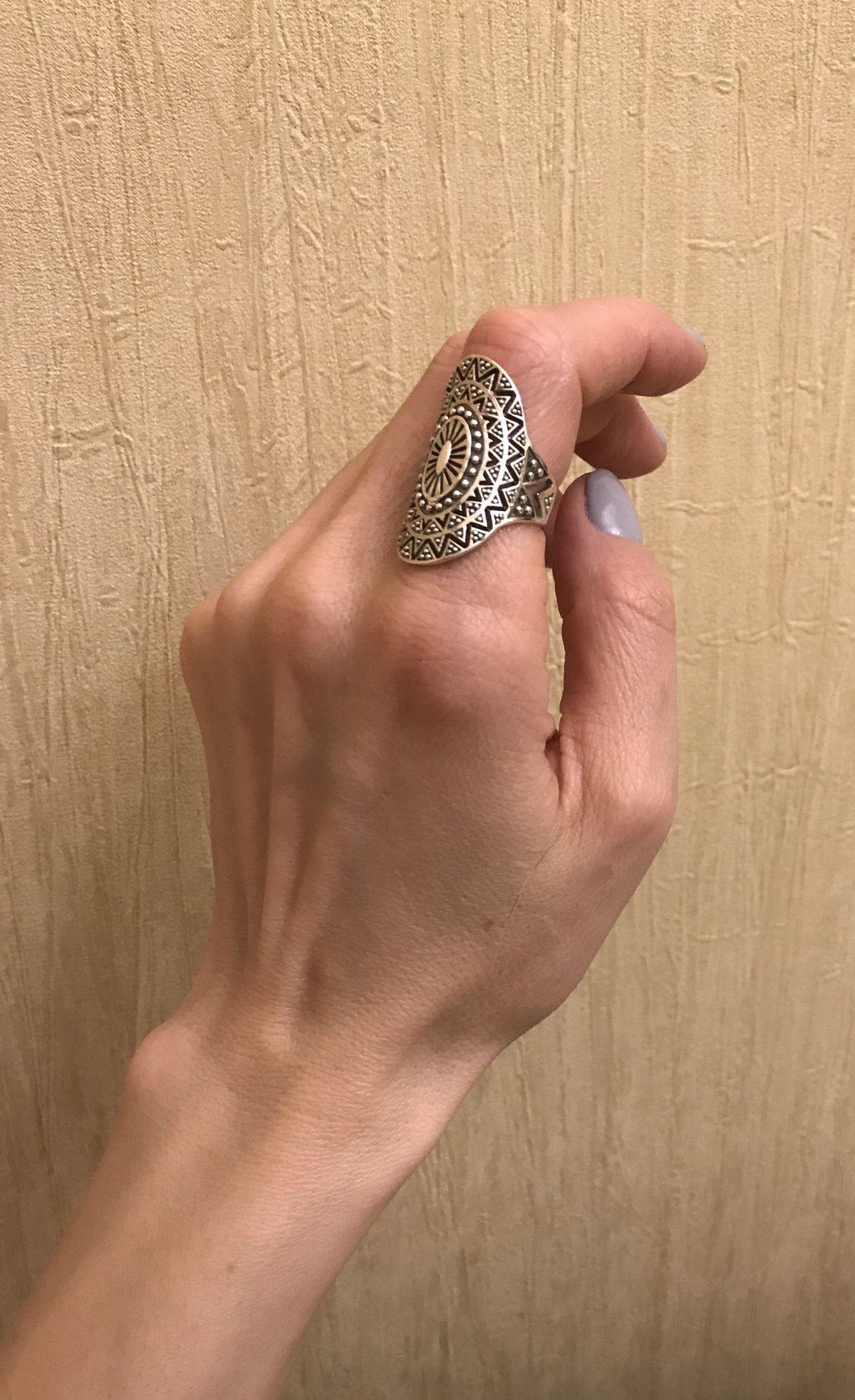 Невероятное кольцо для утонченных натур