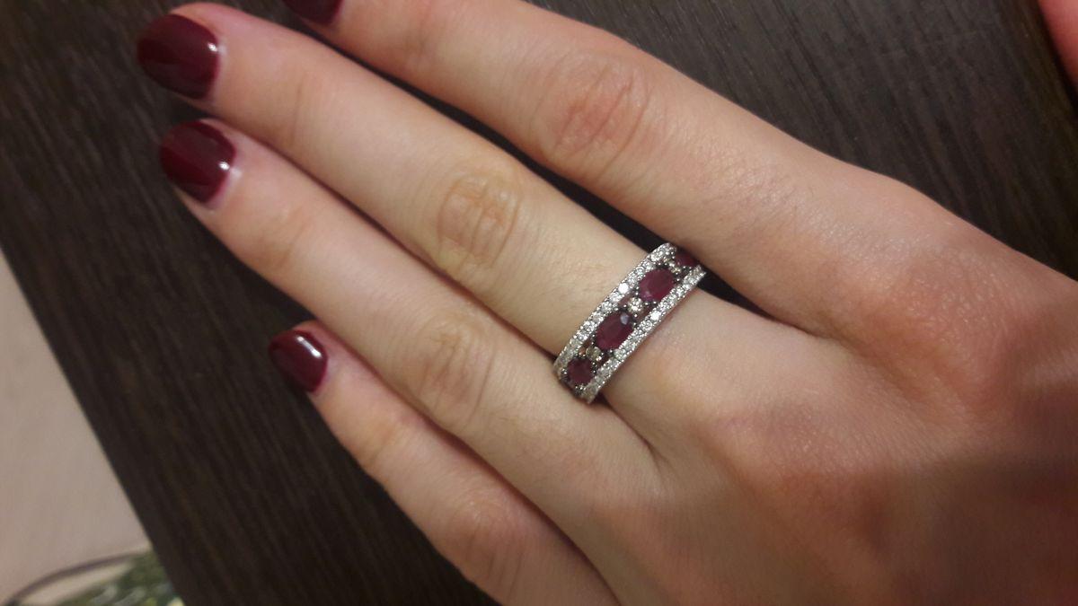 Кольцо с рубинами и брильянтами