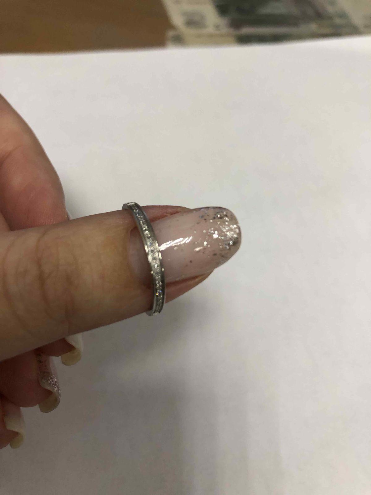Кольцо с «бриллиантами»
