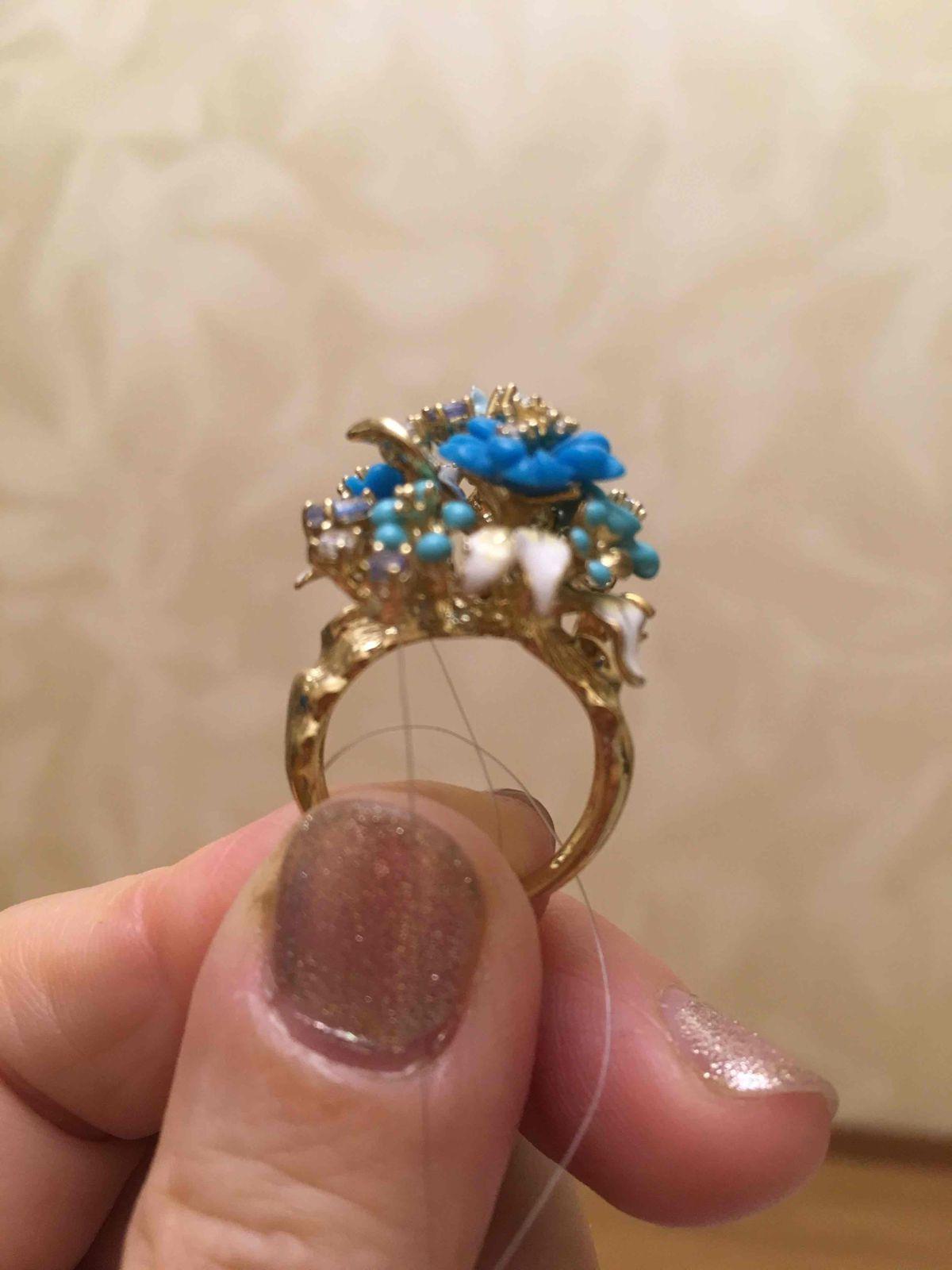 Конечно, не удержалась, купила и кольцо!