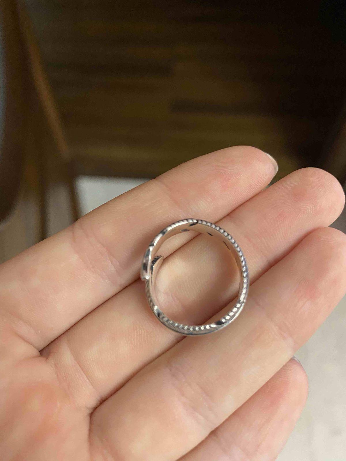 Очень хорошее кольцо!!!!!