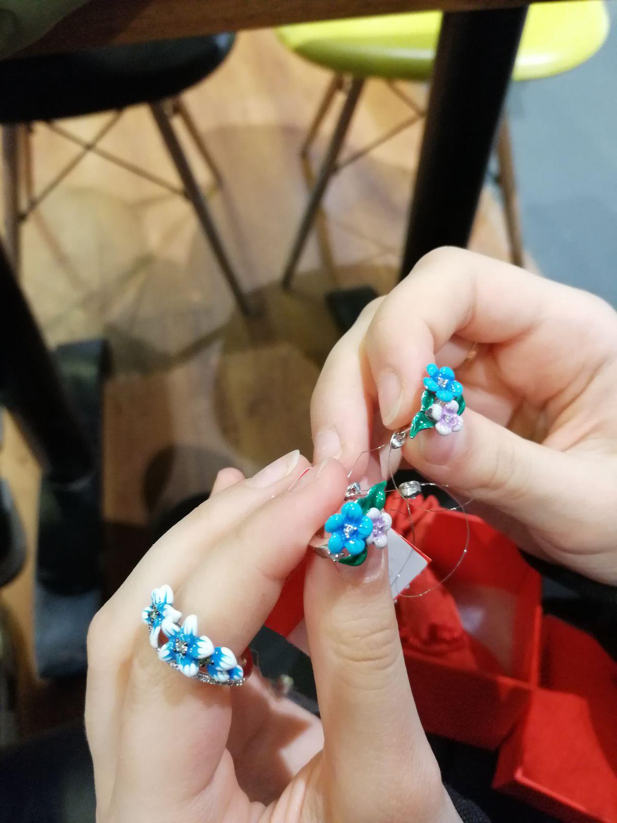 Кольцо из серебра с эмалевым покрытием