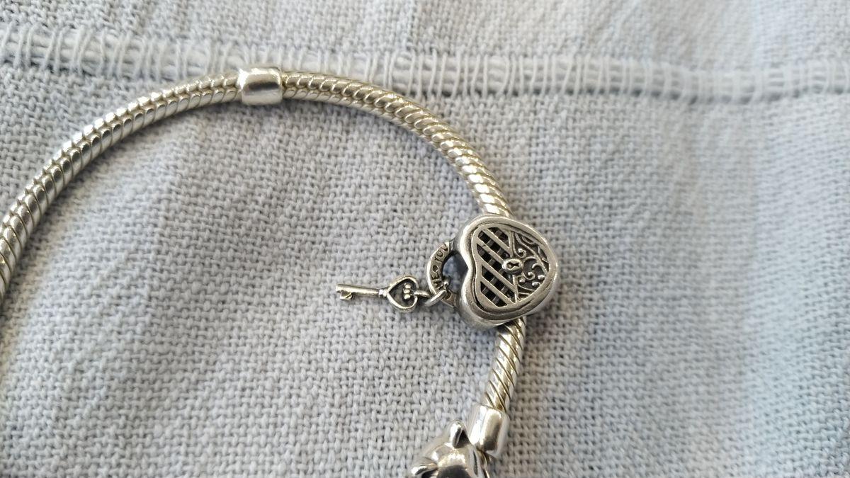 Шарм- сердце с ключиком