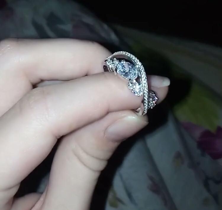 Красиво к кольцо