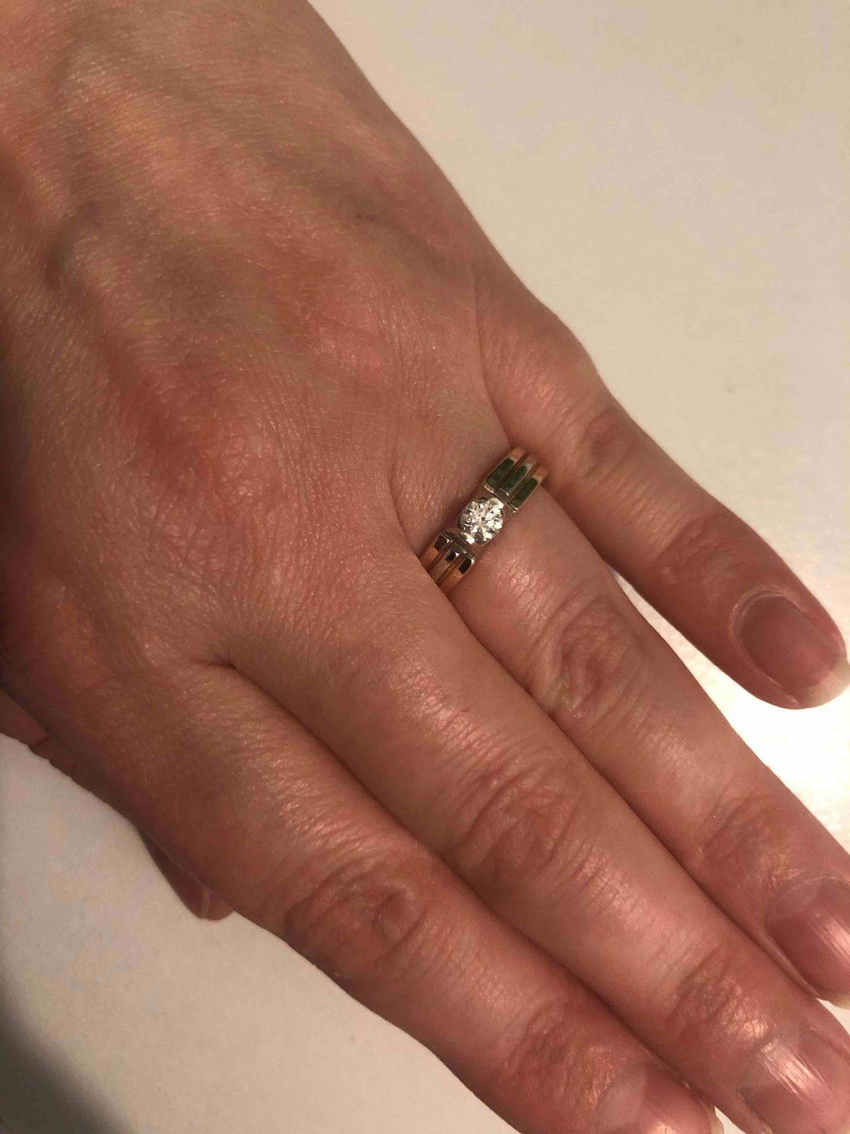 Красивое кольцо )
