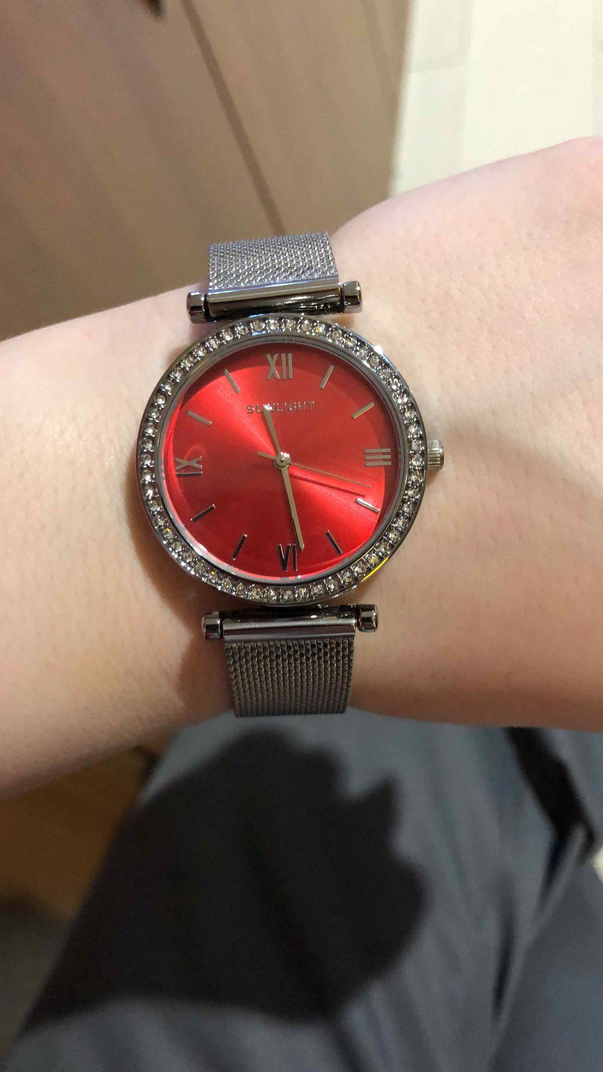 Шикарнейшие часы.