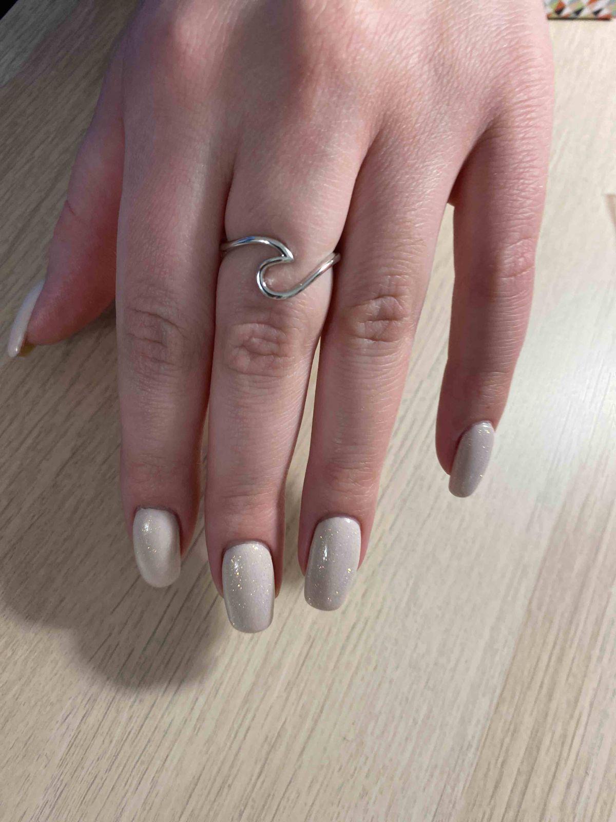 Минималистическое кольцо