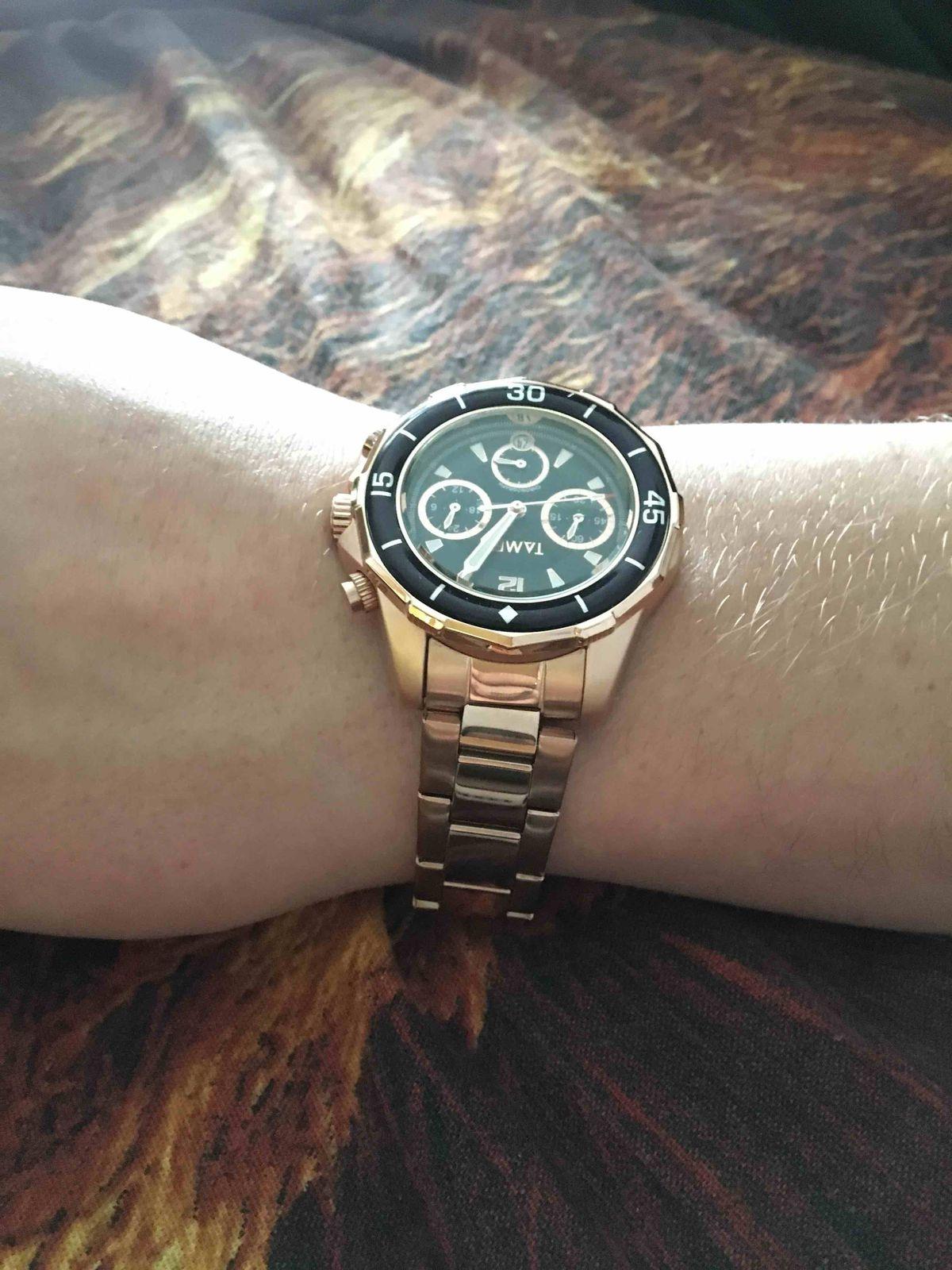 Часы очень классные,хорошо смотрятся на руке.