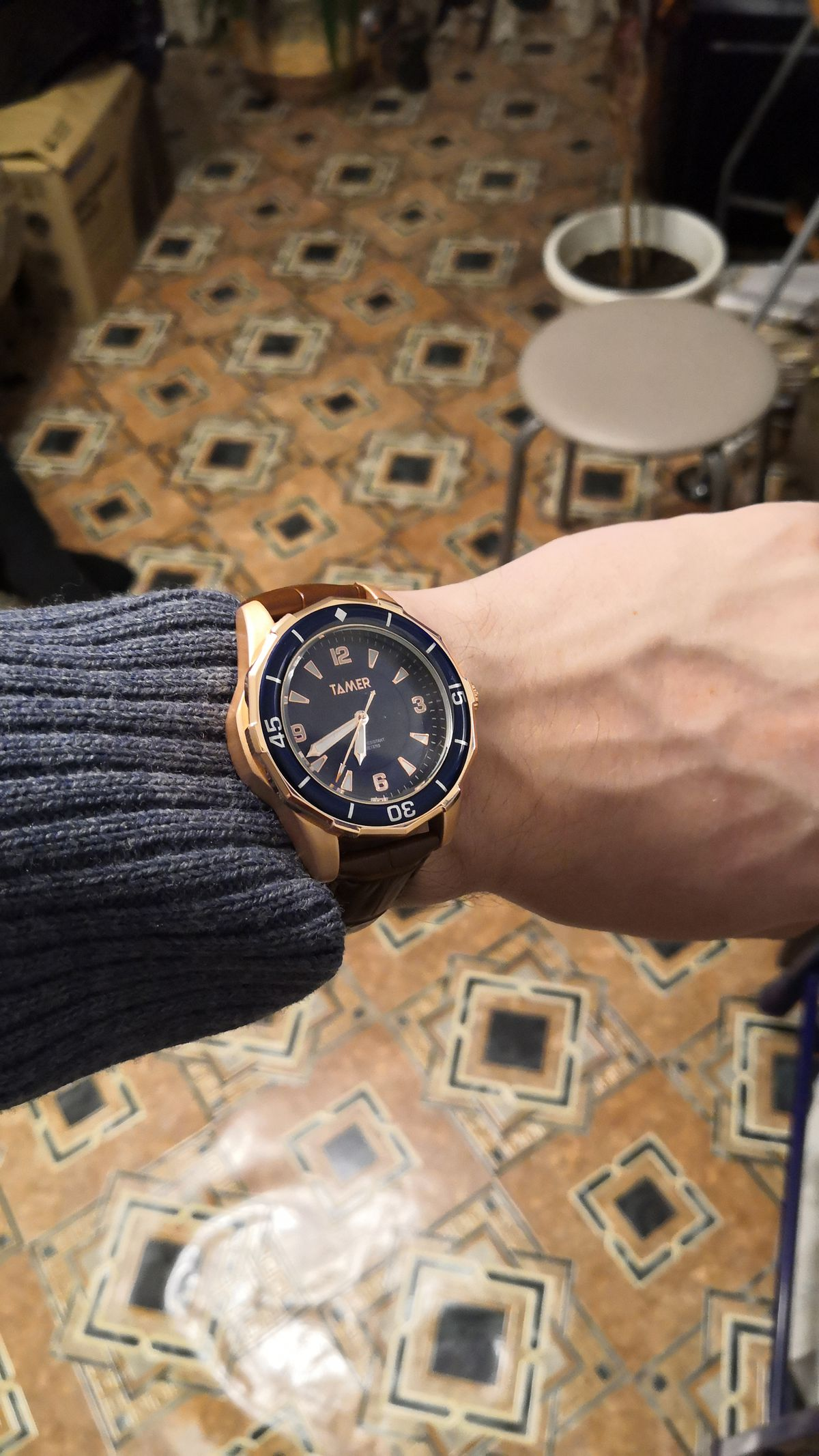 Покупала часы мужу