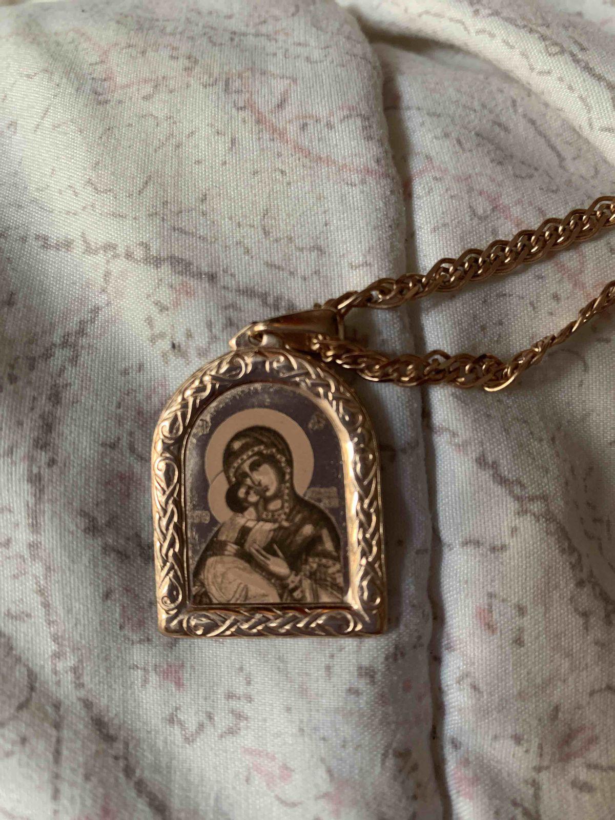 Золотая подвеска Образ Божьей Матери