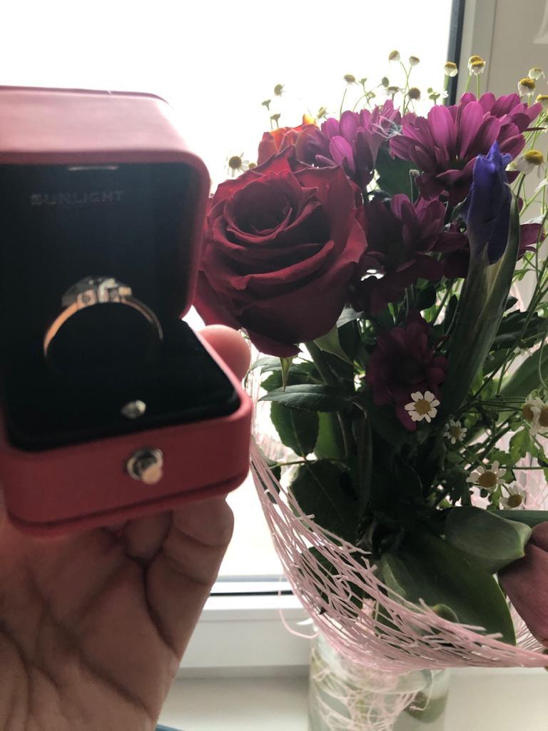 Классное колцо , купили маме на день рождения ей оочень понравилась 👍