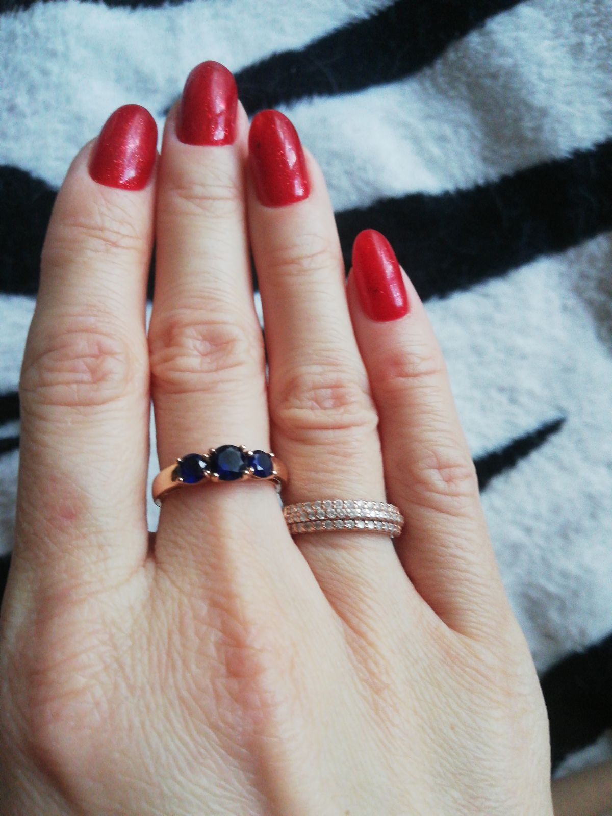 Шикарное кольцо! Смотрится очень стильно и дорого👍💍