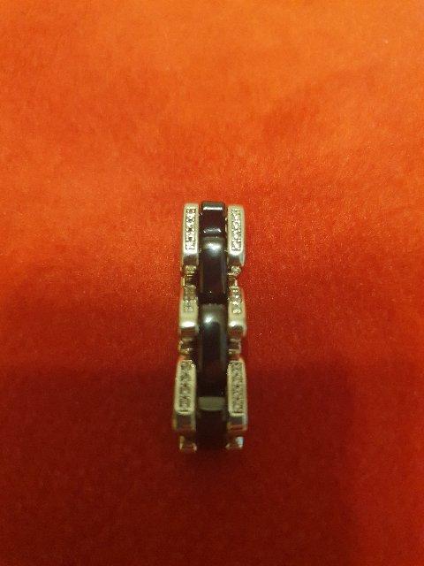 Интересное, оригинальное кольцо.