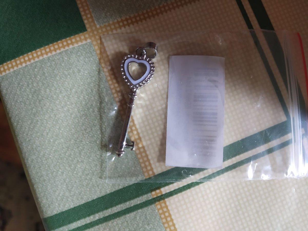 Золотое кольцо с фианитом)