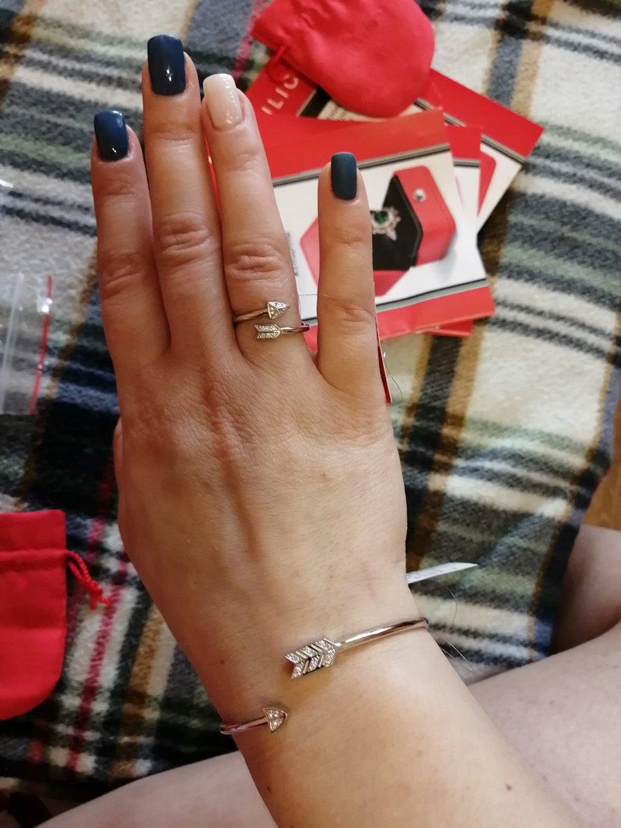 Кольца красивое очень!