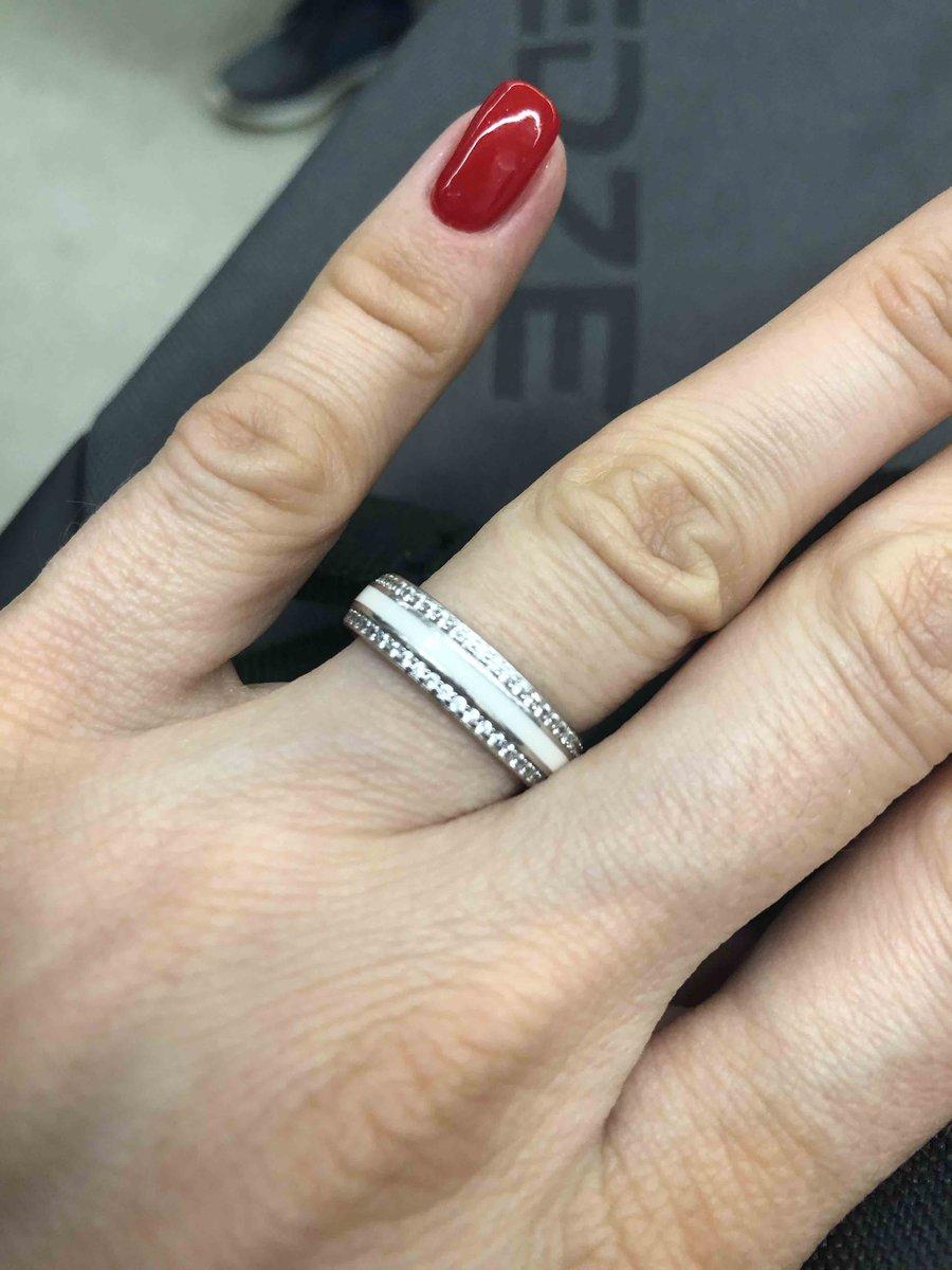 Очень красивое кольцо! ван лав
