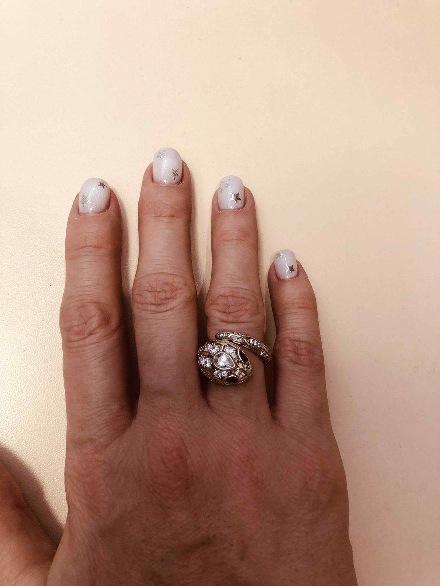 Кольцо 🔥переливается,стильное,все идеально👏👍