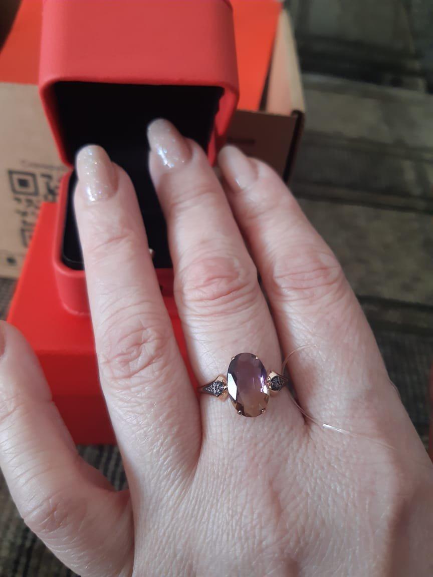 Оригинальный камень в кольце