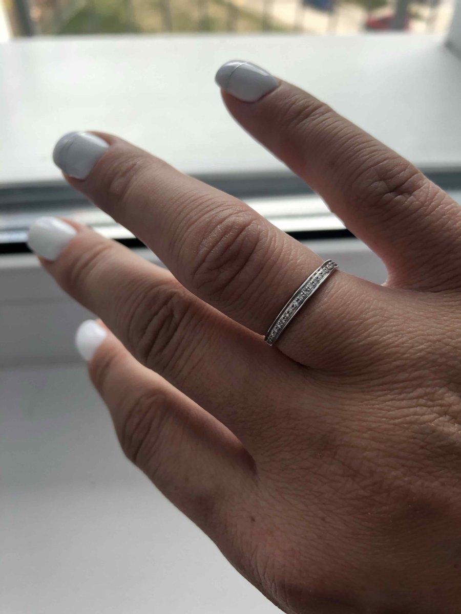 Очегь шикарное кольцо я доволлна