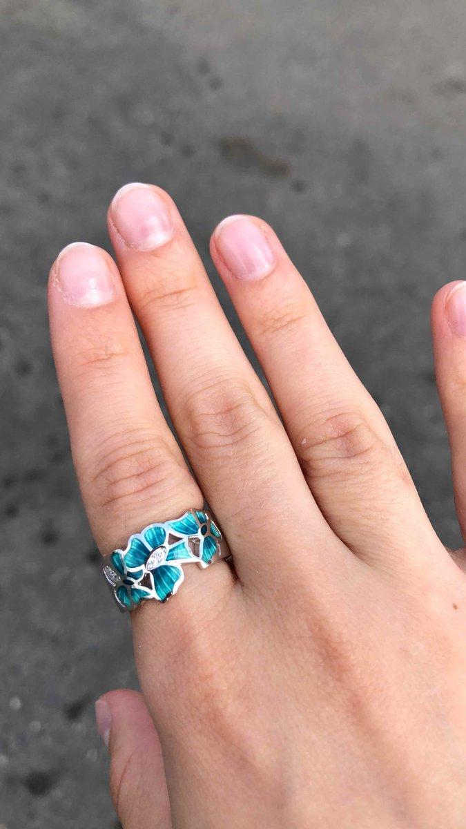 Берюзовая эмаль кольцо