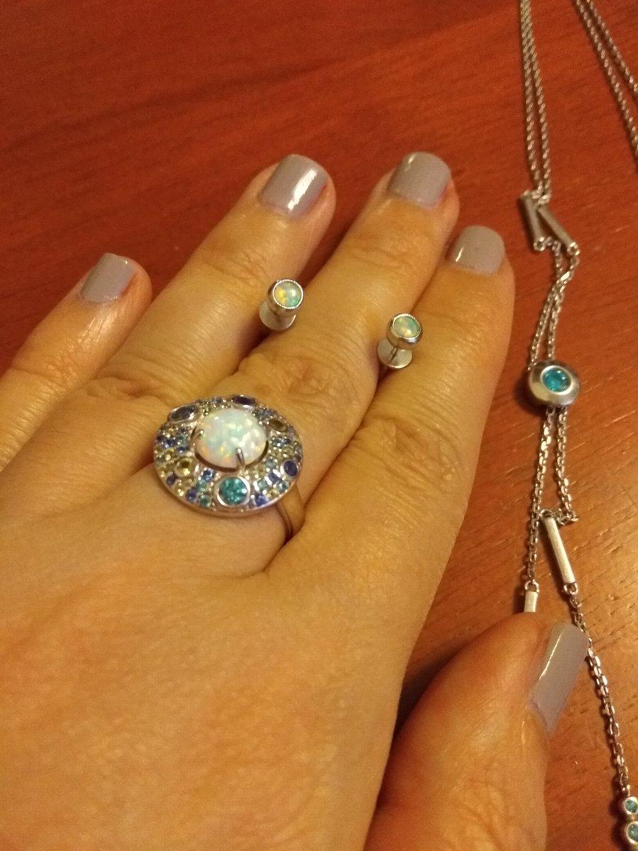 Маленькие, миленькие, идеально подходят к моему кольцу