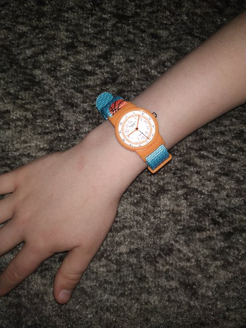 Часы для мальчика.