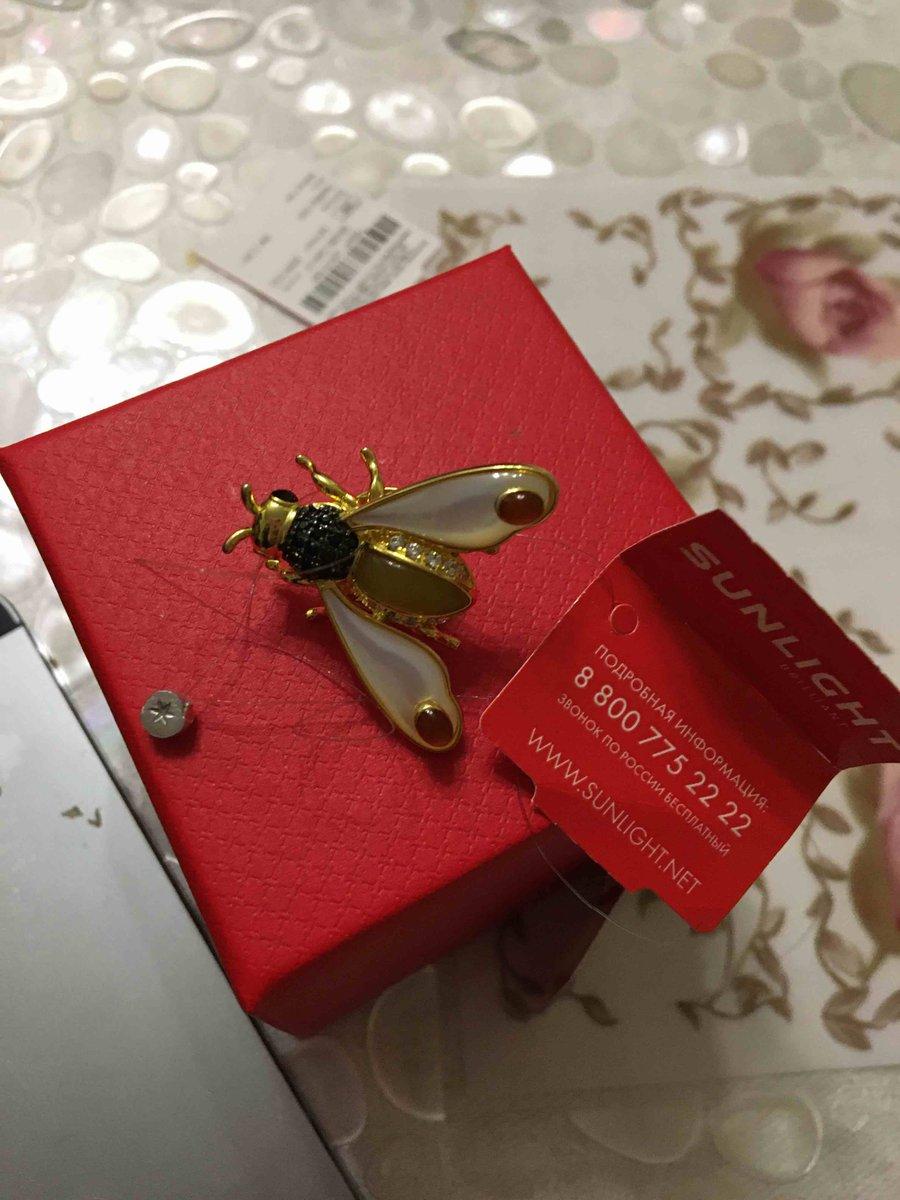 Неповторимая сказачная брошь пчелка