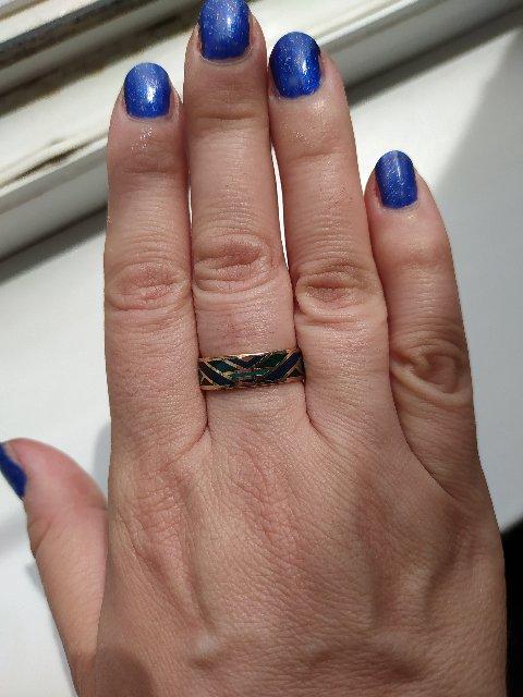 Серебряное позолоченное кольцо с эмалью.