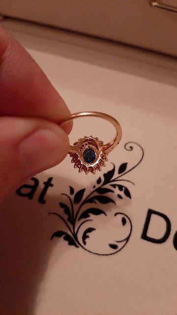 Лучшее кольцо с сапфиром и бриллиантами.