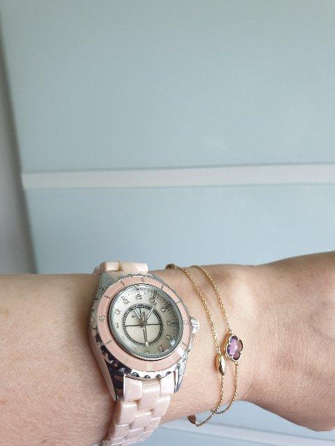 Часы кварцевые,керамика.
