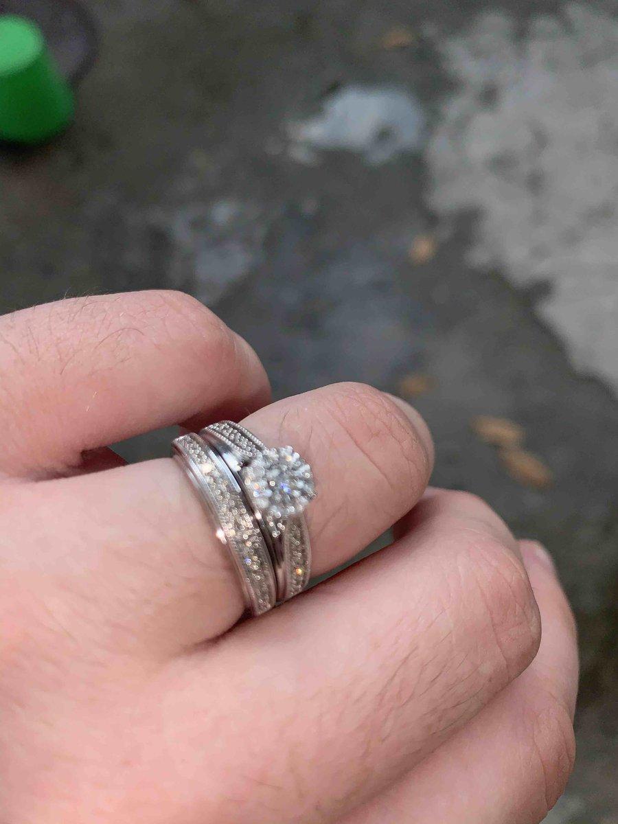 Двойное кольцо