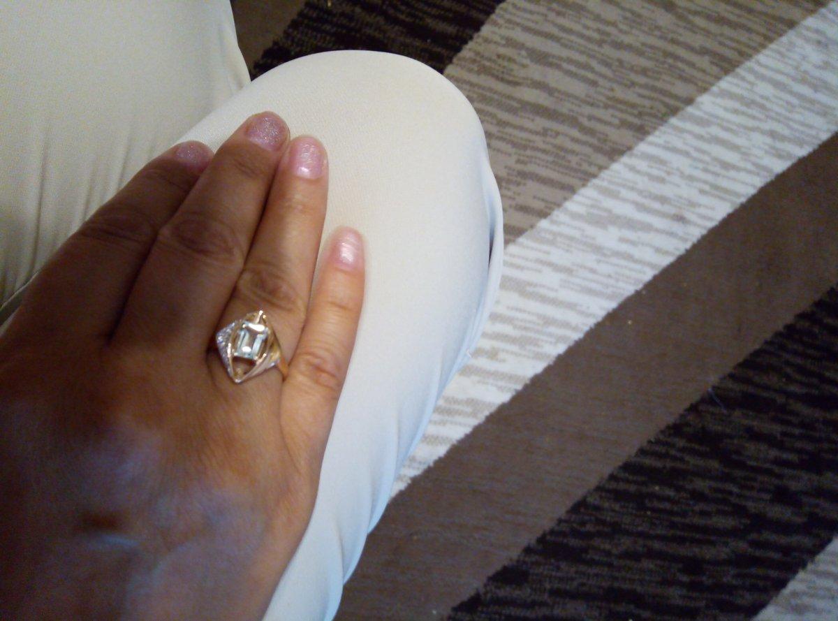 Кольцо очень красивое, поднимает настроение, рекомендую.
