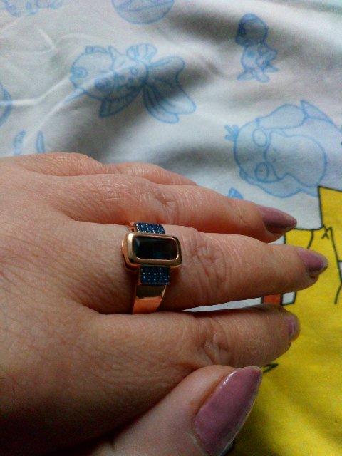 Кольцо шикарное, смотрится очень достойно и дорого. Рекомендую