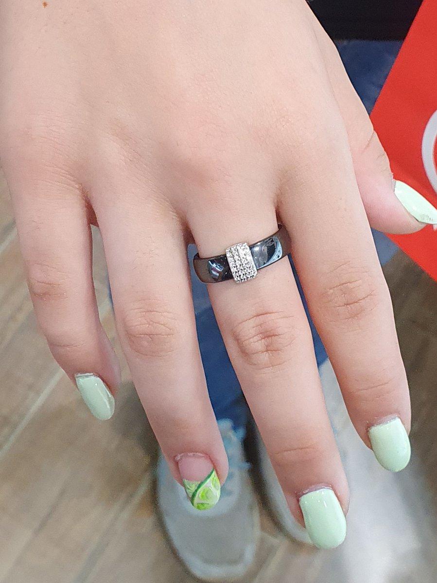 Керамическое кольцо ,очень милое