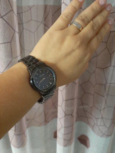 Часы просто великолепны, цвет очень нравится