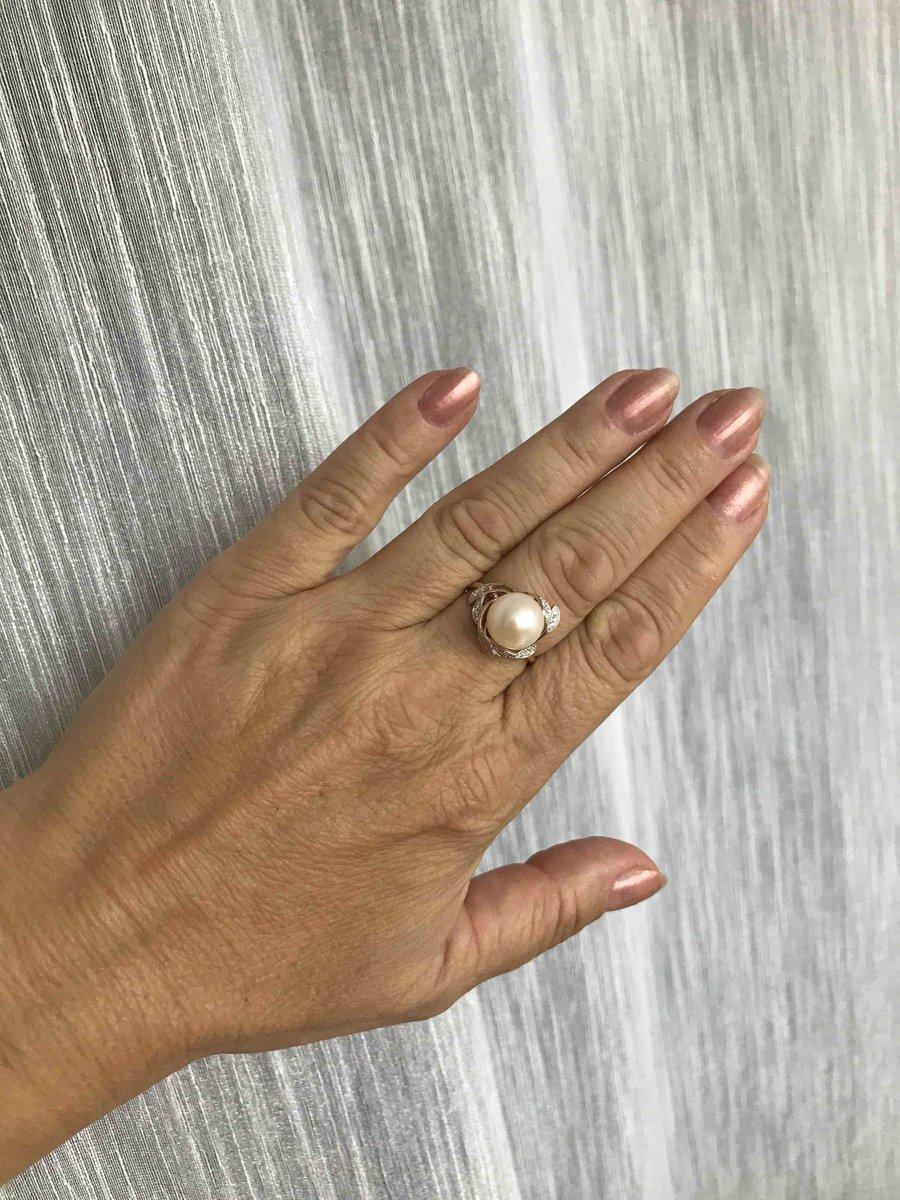 Прелестное кольцо с жемчугом