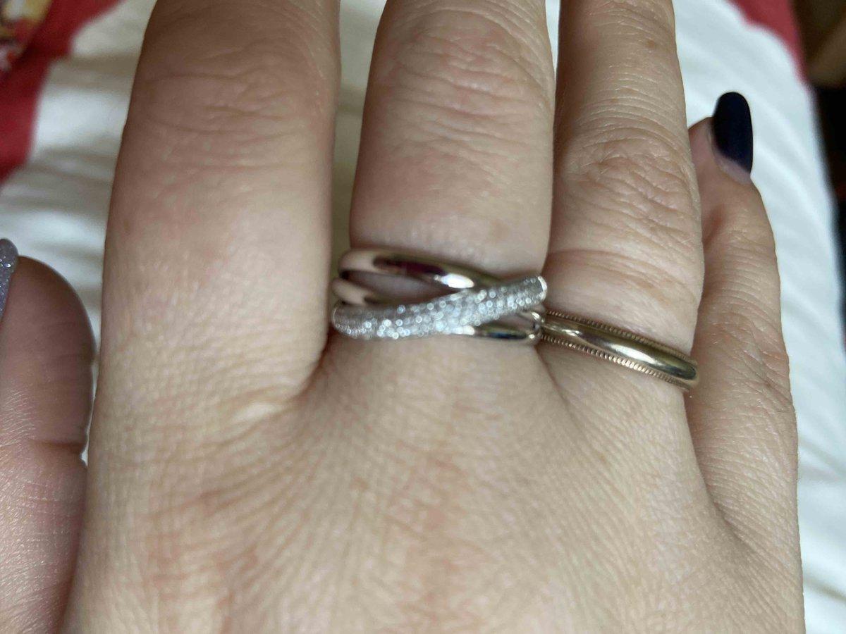 Кольцо подарил муж на годовшину свадьбы
